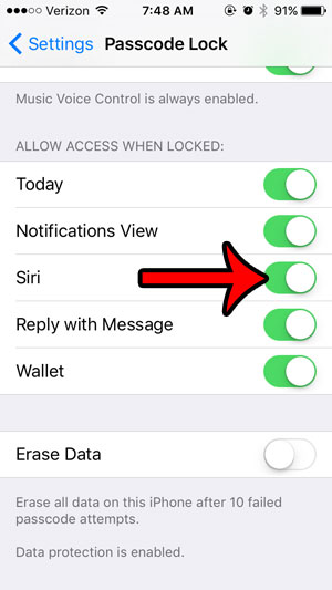 why doesn't siri work when iphone is locked