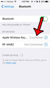 can I tell when a bluetooth device is paired with my iphone