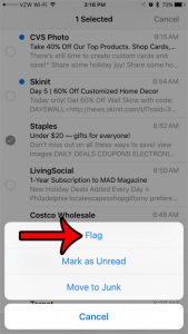 How to Flag an Email on an iPhone 7