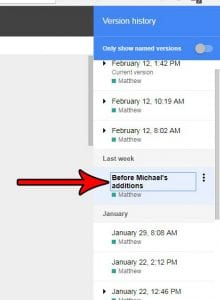 how to rename document version in google docs