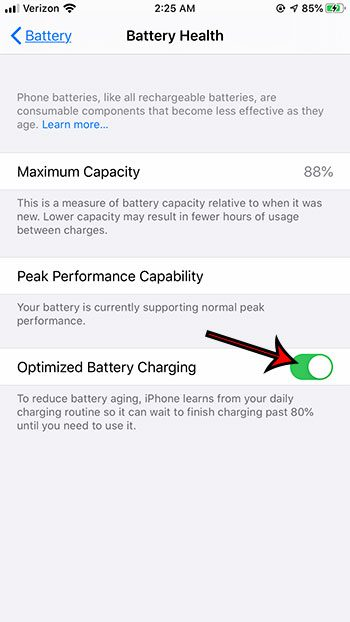 how to turn on or turn off Optimized Battery Charging on iPhone